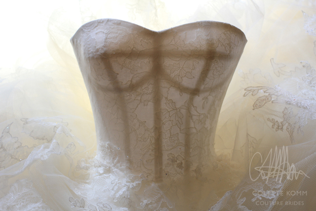colette-komm-lace-corset