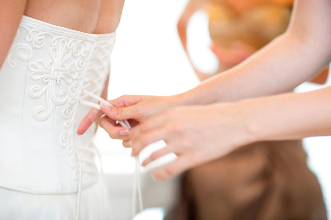 lacing corset 2.jpg